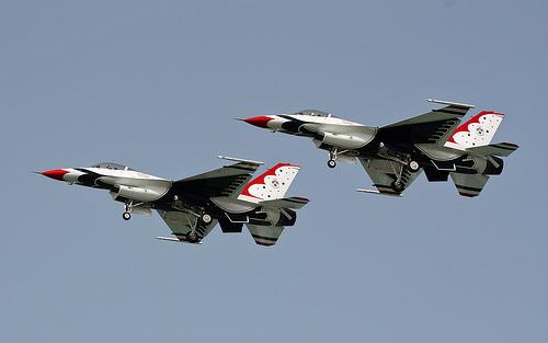 USAF Thunderbirds - Pics from<br /> Zagispirit-http://www.farhanfaisal.com/wp-conten/uploads/usaf_thunderbirds.jpg